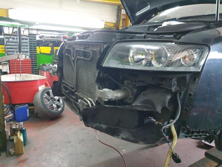 Car less bumper